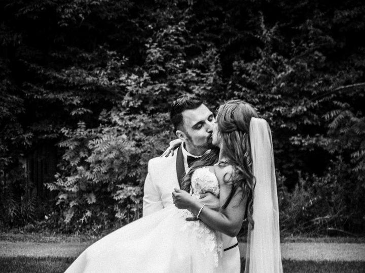 Tmx 1530510794 099f1ac208117abe 1530510792 F8fbd2f6769ac2ab 1530510798925 15 Panya17 15 Sioux Falls wedding photography