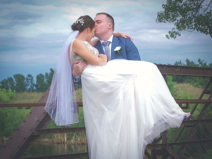 Tmx Dsc 1764 51 1010400 160139824415951 Sioux Falls wedding photography