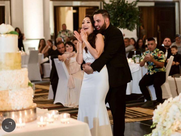 Tmx Kiera Wed Pics K Aj Wide Shot Clapping Cake Stage 51 954400 161029947116644 Folsom, CA wedding planner