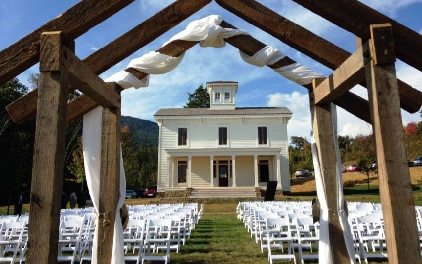 800x800 1425683686059 Outdoor Wedding Venue Chattanooga Compressed