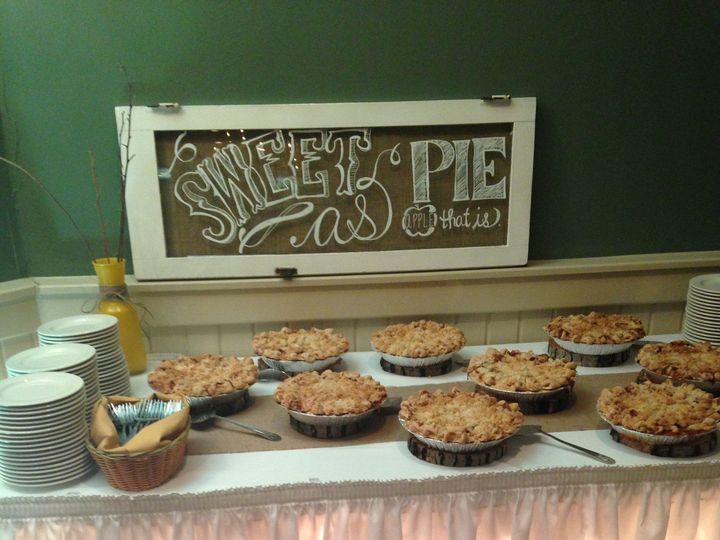 Tmx 1452208262640 Apple Pie Bar Genesee Depot wedding cake