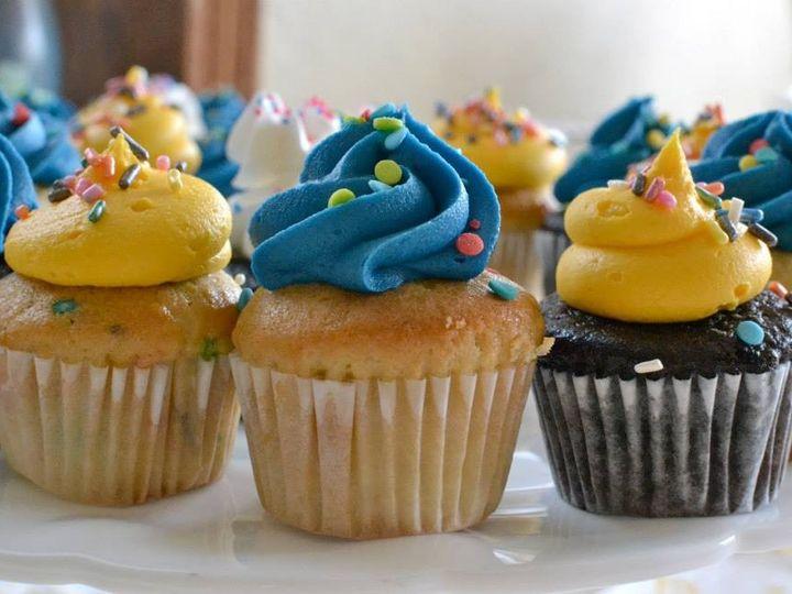 Tmx 1452208582334 3 Cupcakes Genesee Depot wedding cake