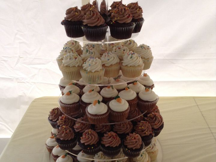 Tmx 1452209950713 Img2980 Genesee Depot wedding cake