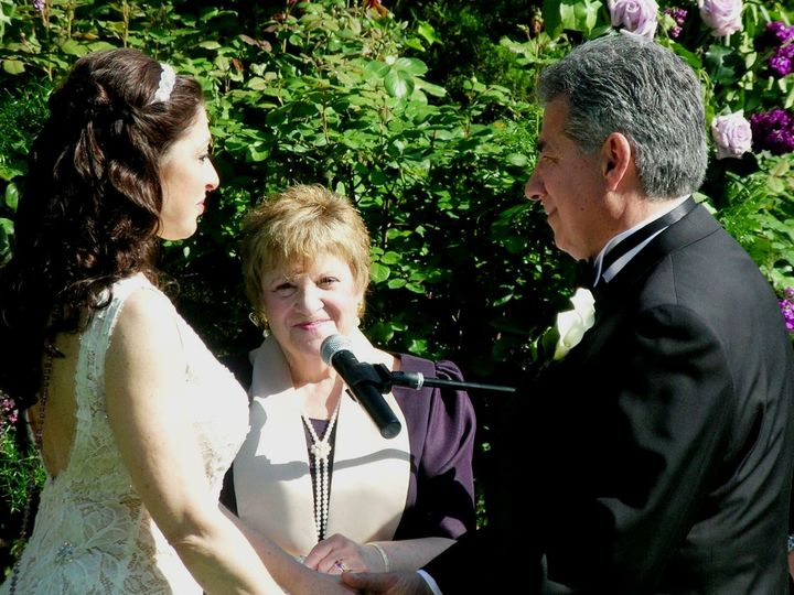 Tmx Alan And Jeanine Ziess 5 25 14 Castle 023 51 157400 New York wedding officiant