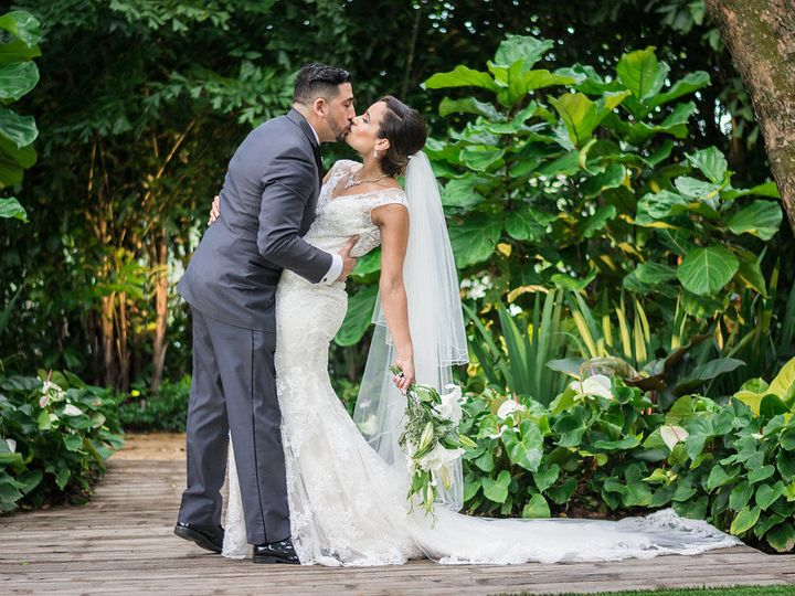 Tmx 1515695097 9e29e41aeff6ef5d 1515695094 8c66716b72fa8b68 1515695078175 9 Grand Salon Recept Miami, FL wedding venue
