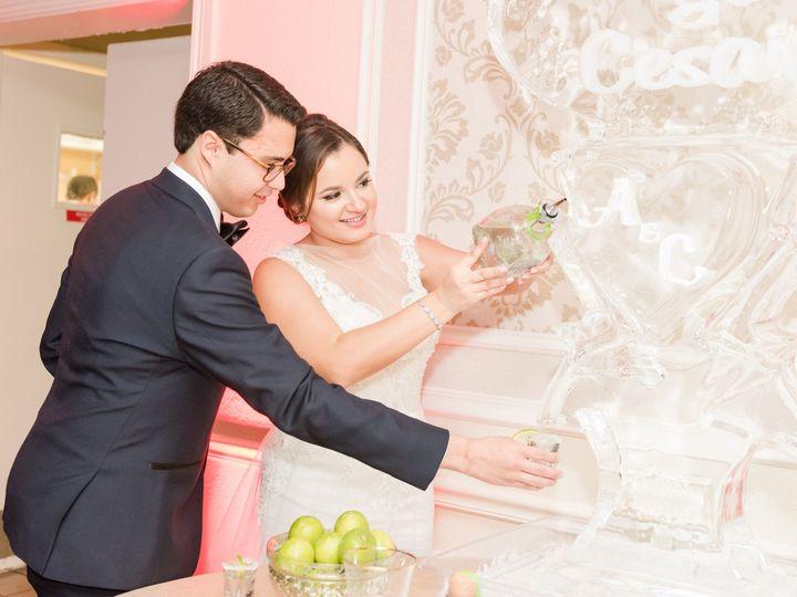 Tmx 1515695278 D298f19cb387652d 1515695275 85a2f0ffad03ac9e 1515695274701 64 Grand Salon Recep Miami, FL wedding venue
