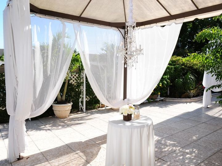 Tmx 1515695300 3cc2713ed1074960 1515695299 04d5d7dbe8bf1ba5 1515695299036 69 Grand Salon Recep Miami, FL wedding venue