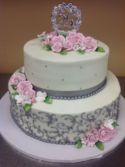 Floral cake with grey detailing