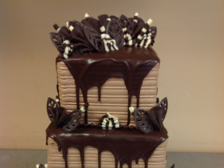 Tmx 32892006468 F78bf3e749 O 51 30500 Buffalo, New York wedding cake