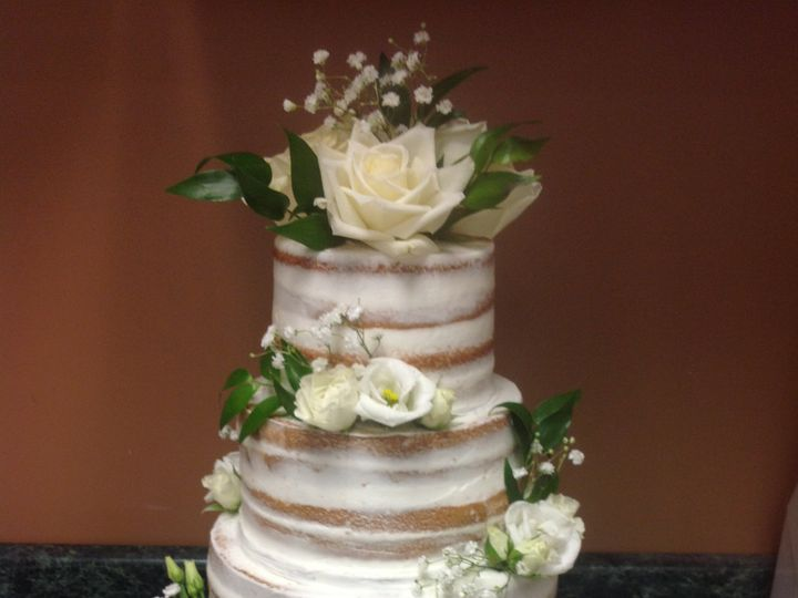 Tmx 32892011358 Cfa424d895 O 51 30500 Buffalo, New York wedding cake