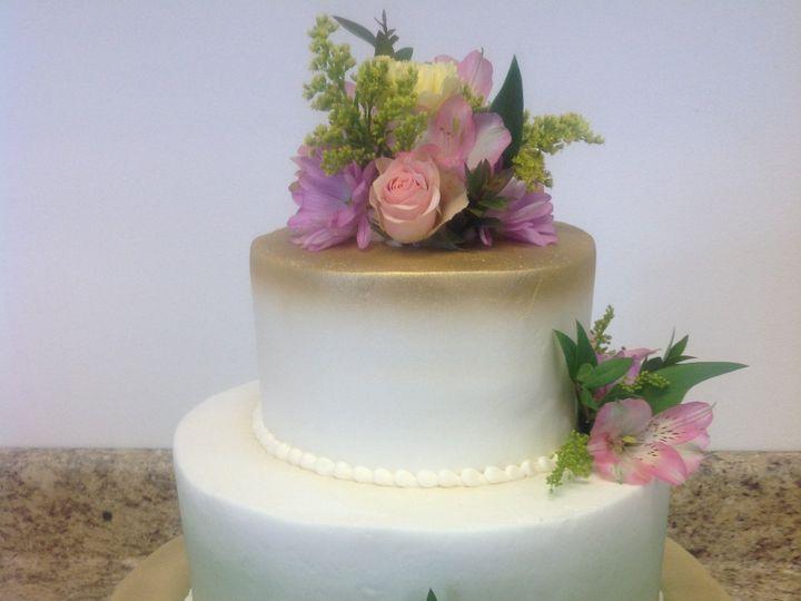 Tmx 32952531648 75ed0b0a30 O 51 30500 Buffalo, New York wedding cake