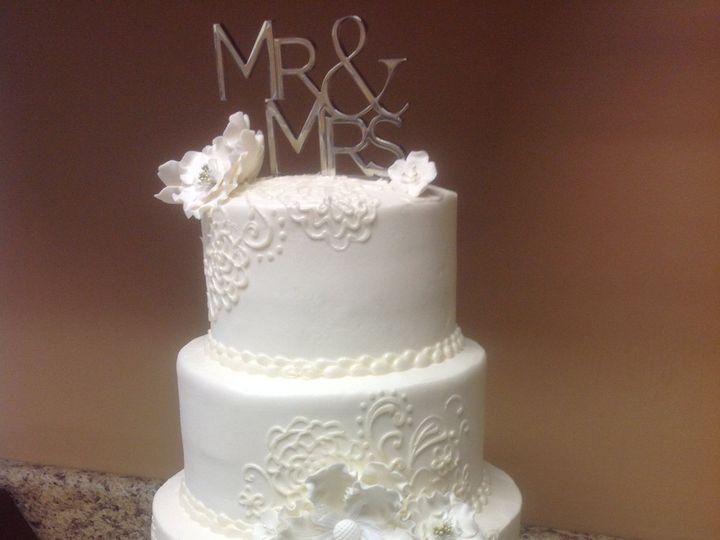 Tmx 45852433165 33d0d4a87a O 51 30500 Buffalo, New York wedding cake