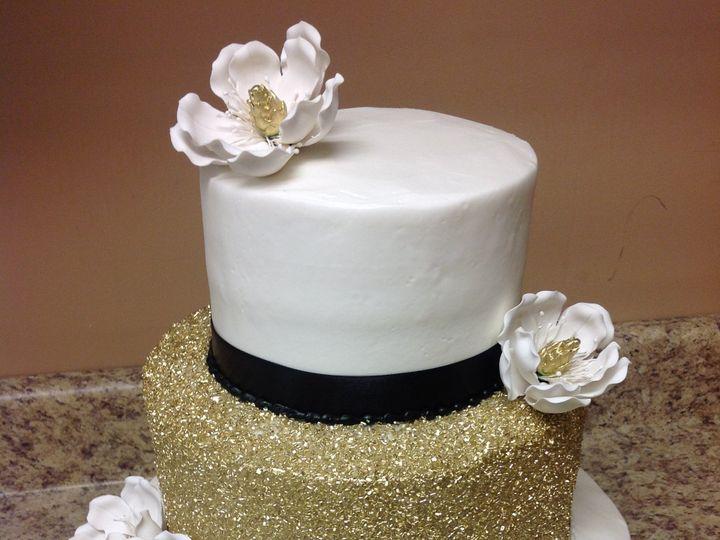 Tmx 46042496914 6e84d148fb O 51 30500 Buffalo, New York wedding cake
