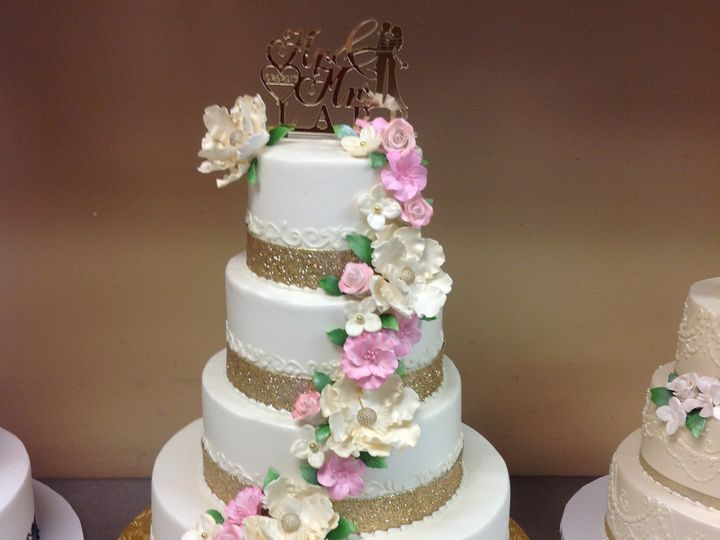 Tmx 46042501204 9b917d6f3d O 51 30500 Buffalo, New York wedding cake