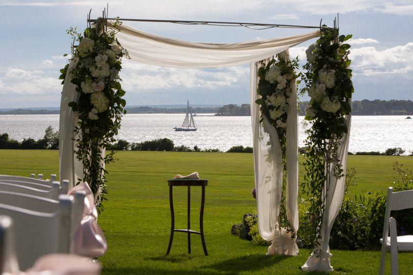 Blithewold venue bristol ri weddingwire 800x800 1446048116009 blithewold ceremony view solutioingenieria Gallery