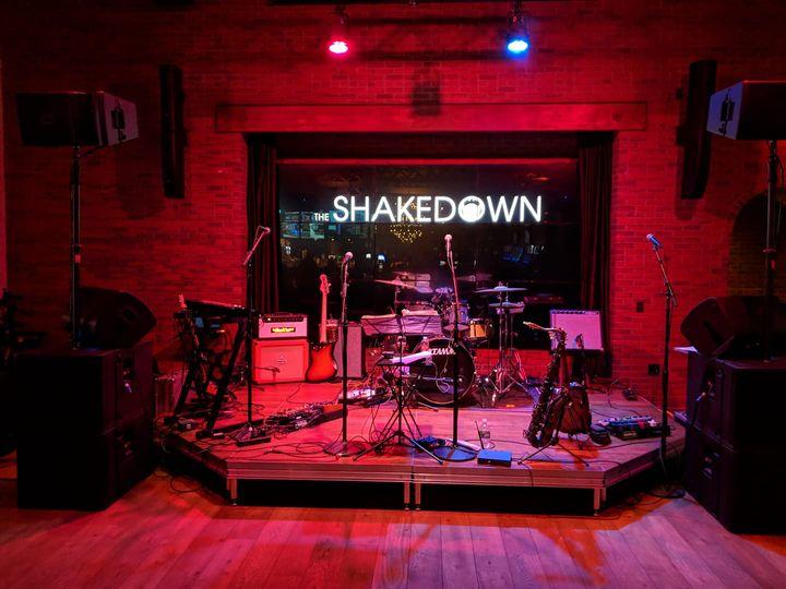Tmx Stageshot 51 988500 Amsterdam, New York wedding band