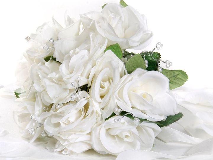 Tmx 1530222414 66aa98911d887ad7 1530222413 92682bad691fde07 1530222412192 4 Bridal Boquet Pres Denver wedding dress