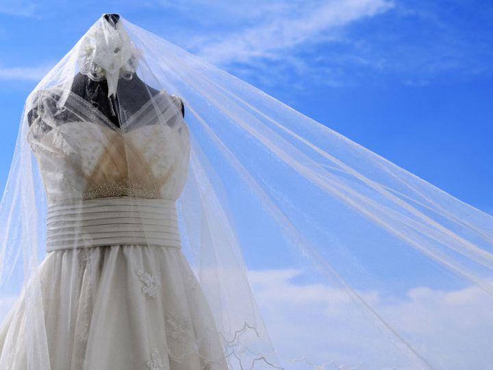 Tmx 1530222593 4378fe9a309d0a84 1530222592 E75ede584ba1b079 1530222591546 16 Dreamstime S 2455 Denver wedding dress
