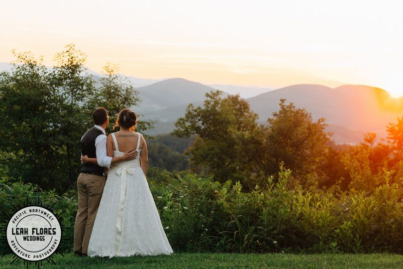 Making Wedding Day Memories at Sunset