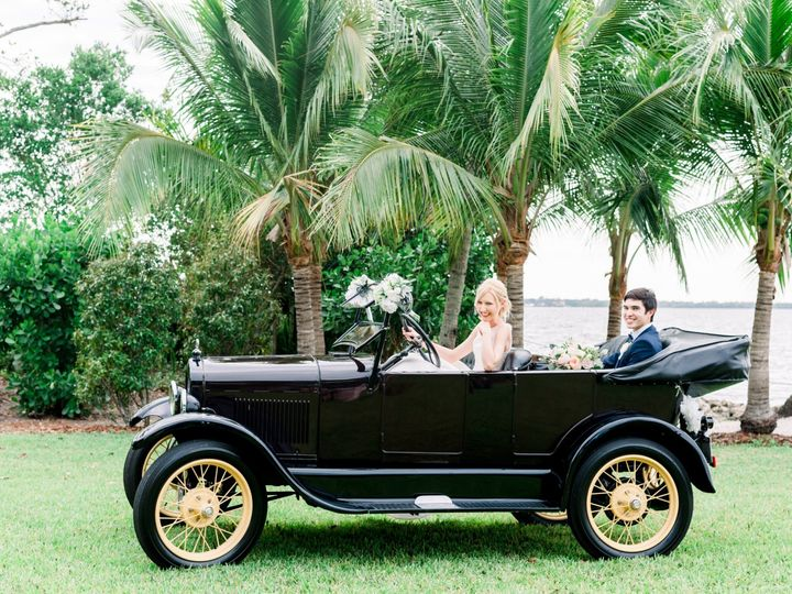 Tmx Anp 1405 51 133600 1563399788 Fort Myers, FL wedding transportation