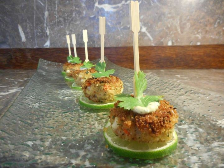 mini crab cakes with lime creme
