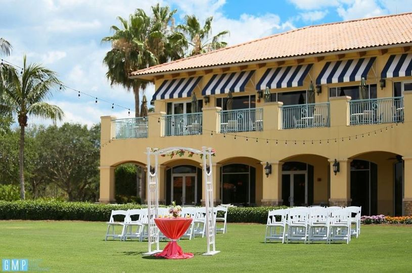 Tiburón Golf Club outdoor wedding ceremony venue