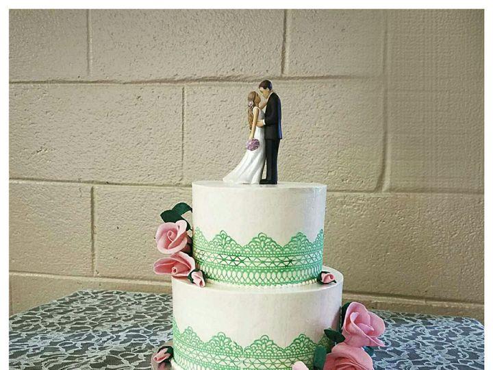 Tmx 1526762804 1f59f930683cc99f 1526762802 E4ba4cb538c994ed 1526762800073 1 Photo 2018 05 19 0 Newville, PA wedding cake