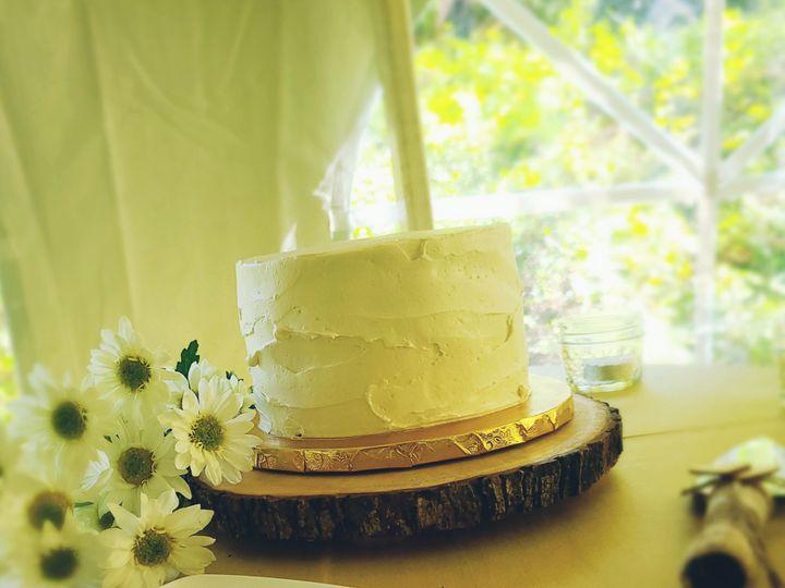Tmx Trayer02 51 551700 159934796723377 Newville, PA wedding cake