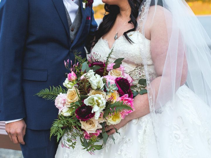 Tmx Gull Photo Kiana Lodge 16 51 381700 1565021960 Seattle wedding florist