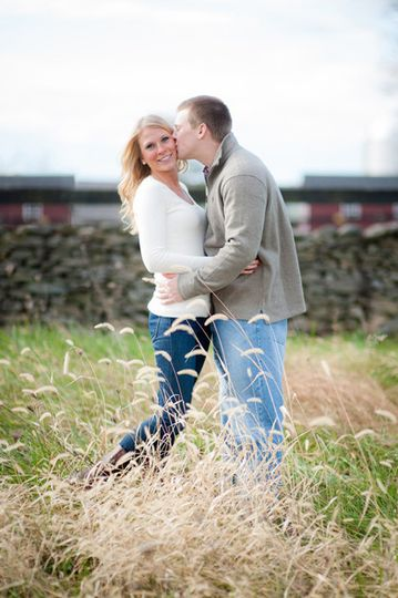800x800 1396028514508 6 kathleen michael engagement portraits goodstone