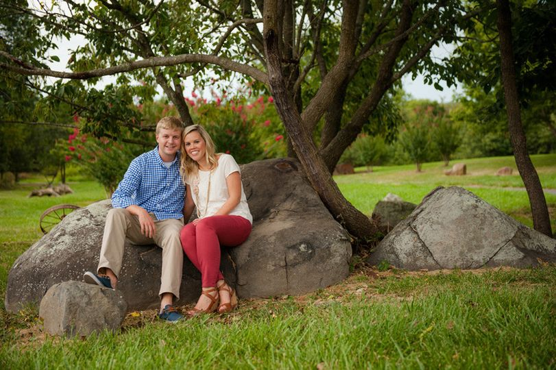 800x800 1396028518964 9 tracey david willow creek engagement portraits a