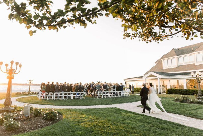Outdoor Ceremony Island House