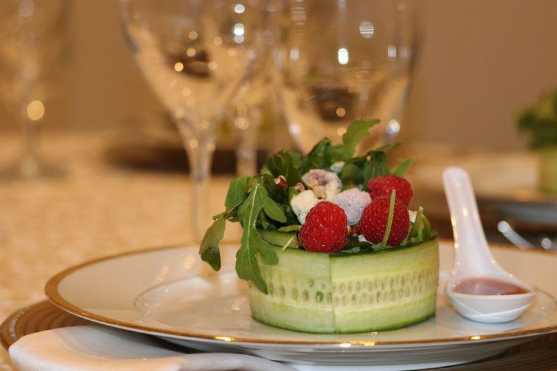 CE signature salad