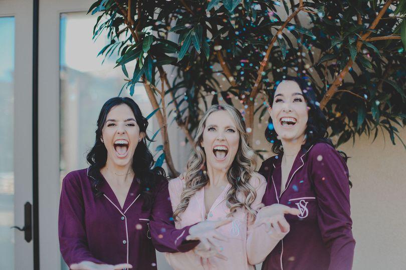 Allie + sisters