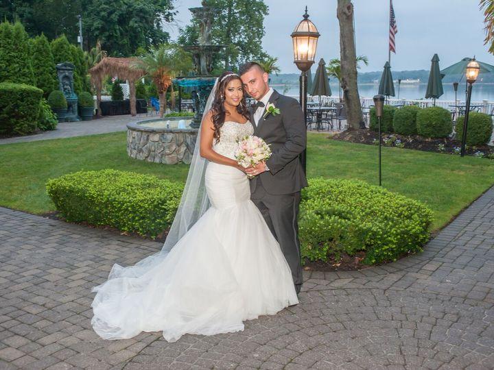 Tmx Newlyweds At Our Waterfront Long Island Wedding Venue 51 64700 Ronkonkoma, NY wedding venue
