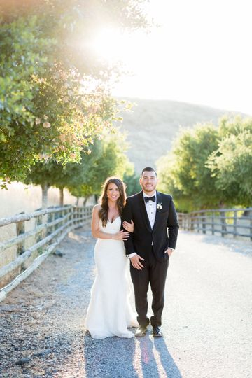 Bride and groom Red Eye Collection