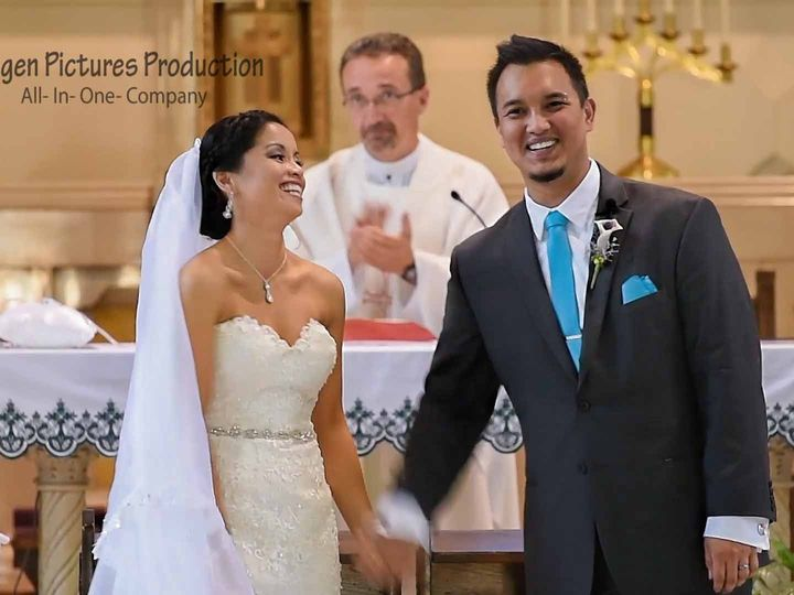Tmx 1477705346437 Sequence 01.00024113.still045 Neenah, WI wedding videography