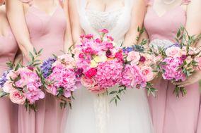Lace & Ivory Floral Design
