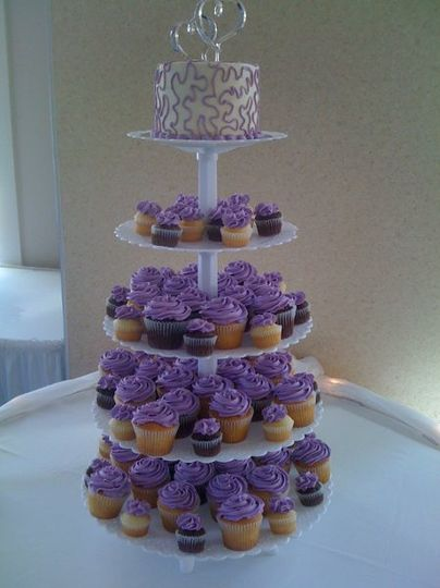 800x800 1290145707512 weddingcupcakes