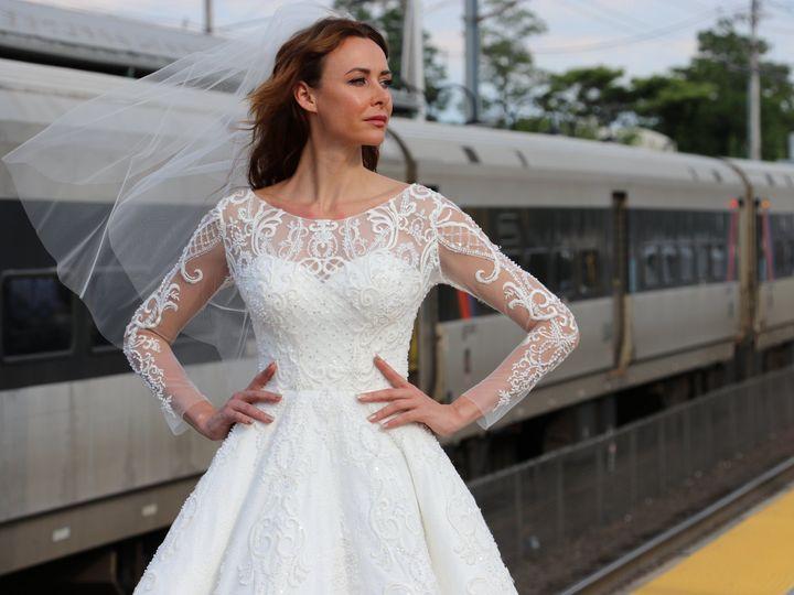 Tmx Img 2001 51 754800 Red Bank wedding dress