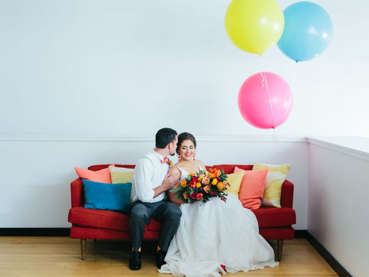 Tmx 1529002517 6927930664499e81 1529002515 D807f43cce53c66f 1529002510998 12 Couch Austin, TX wedding venue