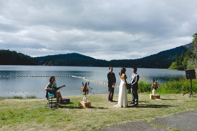 Wedding on Orcas Island near Seattle, WA Photo by Allison Spurlock
