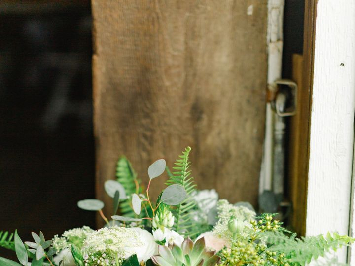 Tmx Db 12 51 316900 1563377312 Coatesville wedding florist