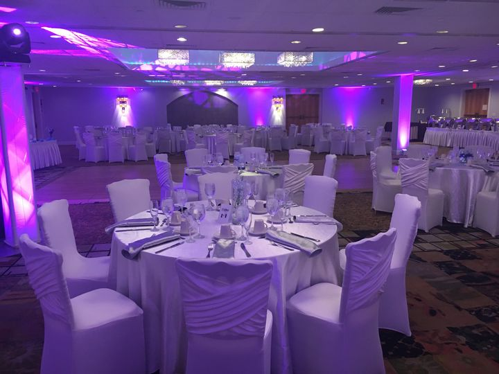 Tmx Reception 51 60010 Clinton, NJ wedding venue
