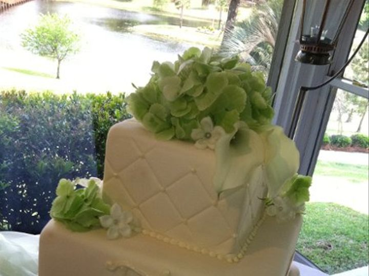 Tmx 1318304550781 Newiphone052 Raleigh wedding cake