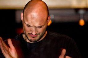 DJ Bennie James