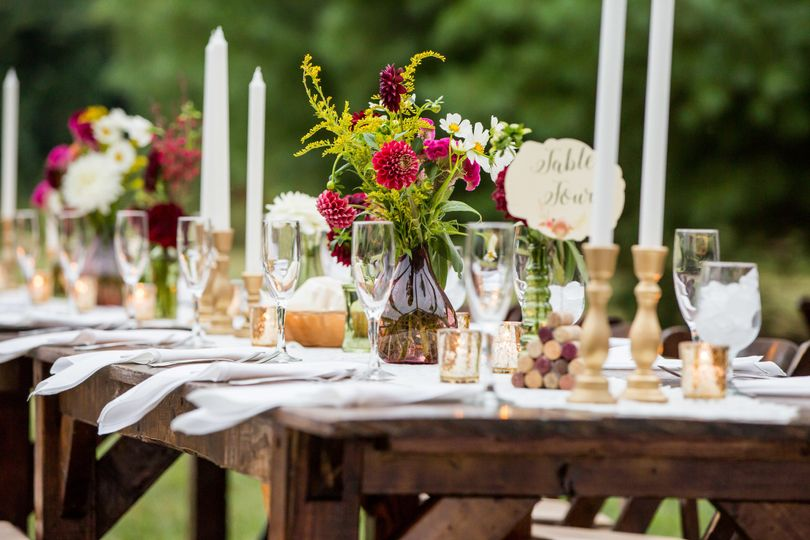 Rustic reception table and decor