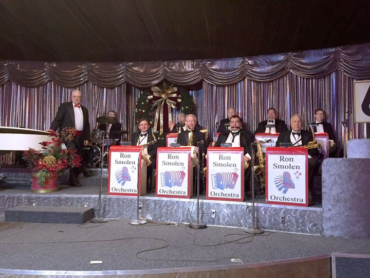 544b5be4354bfe9d 1489871764622 the ron smolen orchestra dec 27 2015 willowbrook