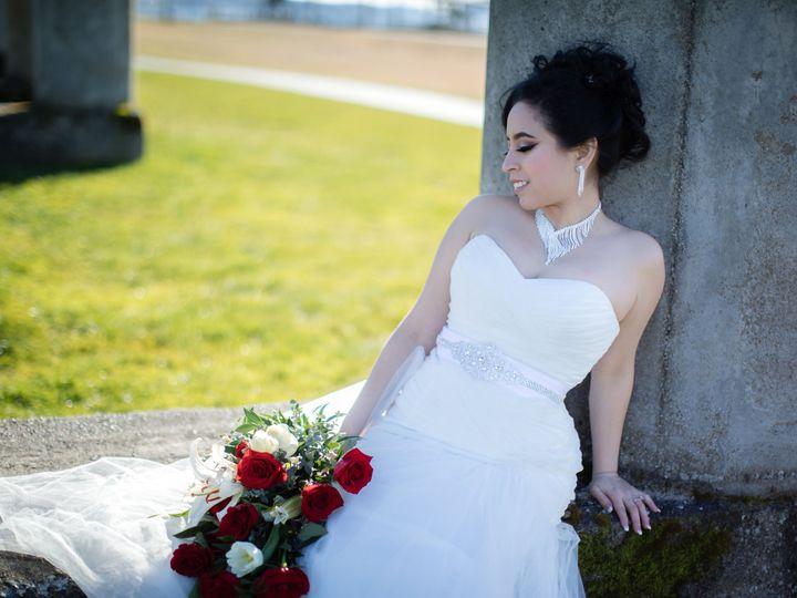 Tmx 1538434204 6df7ff511bea9e8e 1538434197 2f526250e995fe24 1538434137590 23 B44A4967 Puyallup, WA wedding photography