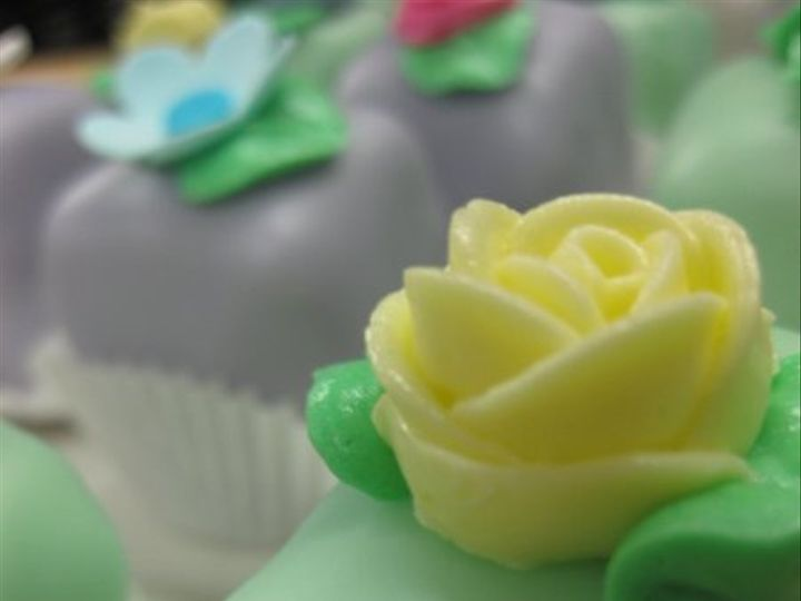 Tmx 1246385300076 IMG0274 Bronx wedding cake